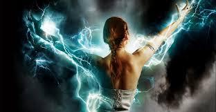 Човекът е сложна енергийна система. Той е изграден от физическо тяло и енергийни структури, които изграждат неговата аура. Когато човекът е негативна, отрицателна личност, тогава тези структури не са в добро състояние, защото се генерират енергии с много недобри качества.